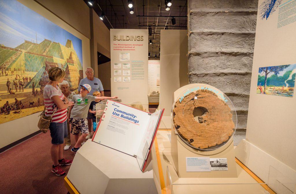 Family exploring the Cahokia Mounds Museum