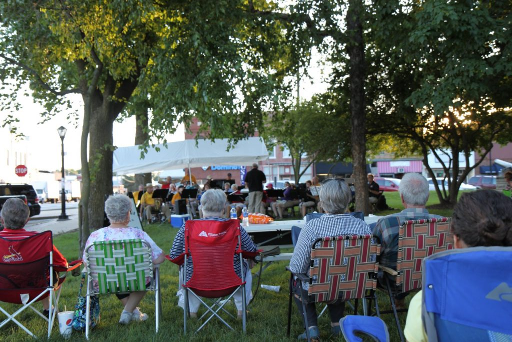 Live in Library Park Concert at the Litchfield Farmers Market